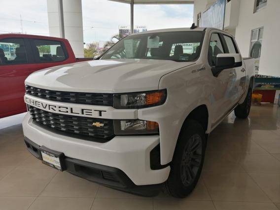 Chevrolet Silverado Doble Cabina 4x2 2019 Nueva