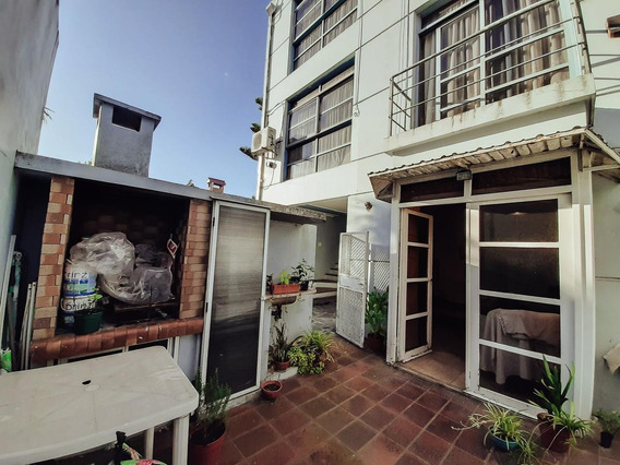 Ph Venta 1 Dormitorio, Patio Con Parrilla Y Cochera -55 Mts 2 -bajas Expensas - La Plata