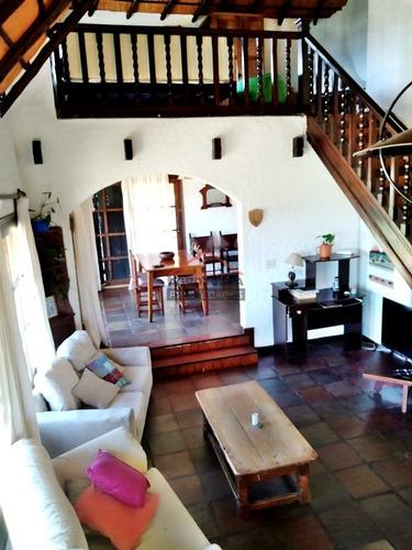 Hermosa Casa A Pasos De La Playa- Ref: 5164