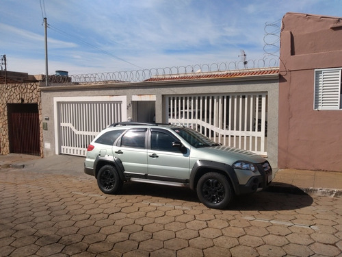 Imagem 1 de 8 de Fiat Palio Adventure 2009 1.8 Locker Flex 5p