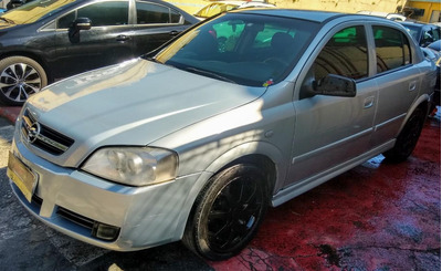 Astra Hatch 4p 2.0 Flex