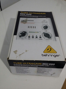 Bheringher Mic 200 Tube Pre Amp Direct Box
