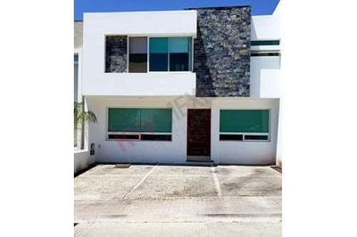 Renta Casa Céntrica Coto Club Lucepolis Milenio Iii