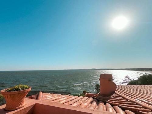 Excelente Vista Al Mar En Lomo De La Ballena