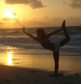 Imagen 1 de 6 de Cursos Gratis De Yoga, Masajes, Pnl, Tai Chi, Liderazgo, Etc