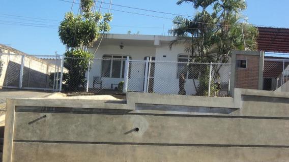 Casa En Venta Barquisimeto Oeste 20-11154 Jg