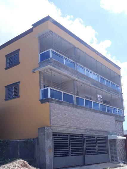 Apartamentos Nuevos A Estrenar, De 2 Habitaciones. Con Parqu