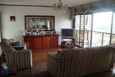 Apartamento Em Santos Bairro Gonzaga - V1796