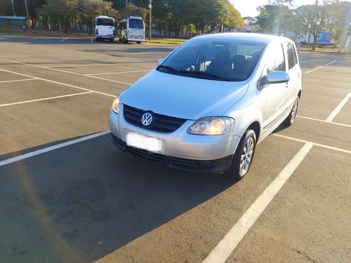 Imagem 1 de 14 de Volkswagen Fox 2008 1.0 Trend Total Flex 5p