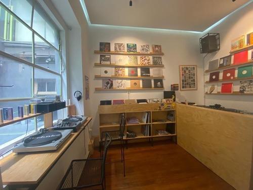 Imagen 1 de 11 de Oficina En Renta Calle Versalles Col Cuauhtemoc