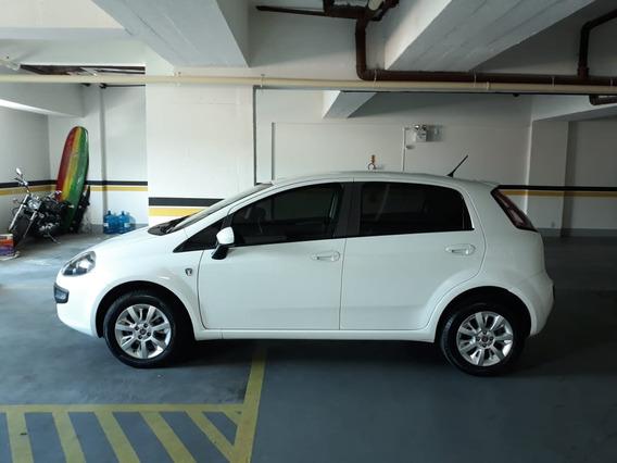 Vende-se Fiat Punto 1.4 Attractive Flex 5p