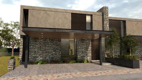 Casa En Venta En Altozano, Queretaro, Rah-mx-20-3593