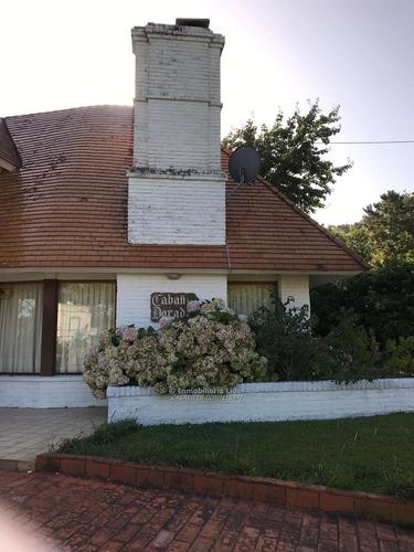 Imagen 1 de 18 de Preciosa Casa En Barrio Rincón Del Indio