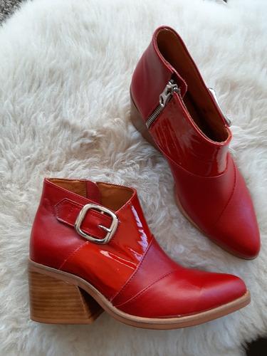 Botines De Cuero Rojo Talles 35,39 Y 40