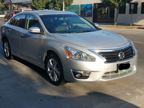 Nissan Altima 2.5 Advance Navi Mt Sedán