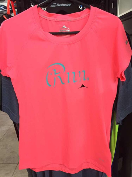 Remera Running Abyss Mujer Protect Uv50 Negro Y Coral Fluo