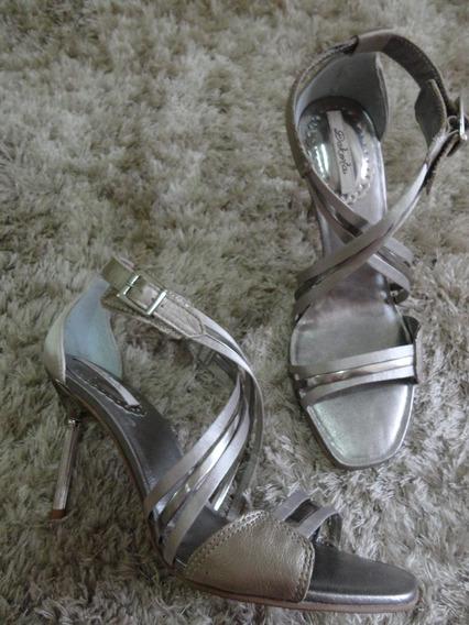 Sandália Dourada E Prata