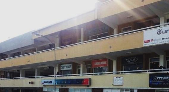 Local En Centro Comercial Alto Prado, Ideal Para Oficina