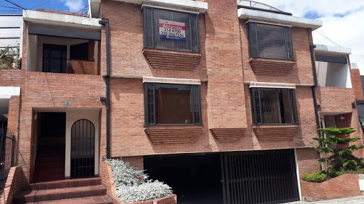 Casas En Venta El Recreo De Los Frailes 60-389