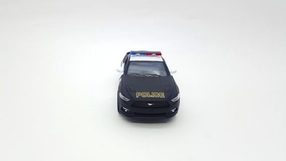 Miniatura De Metal Da Polícia Escala 1:38 Mustang E Camaro