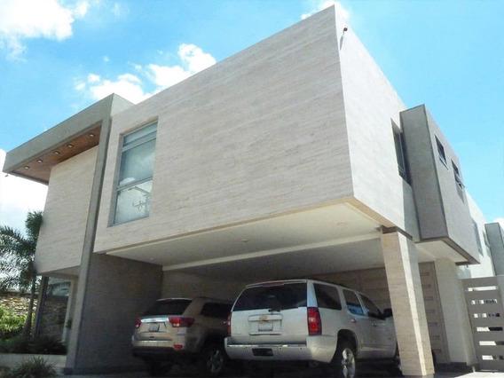 Casa En Guaparo Exclusiva Y Minimalista
