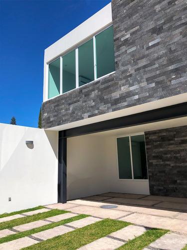Imagen 1 de 14 de Casa En Venta En Sta. Teresa, Camino Real, Zapopan