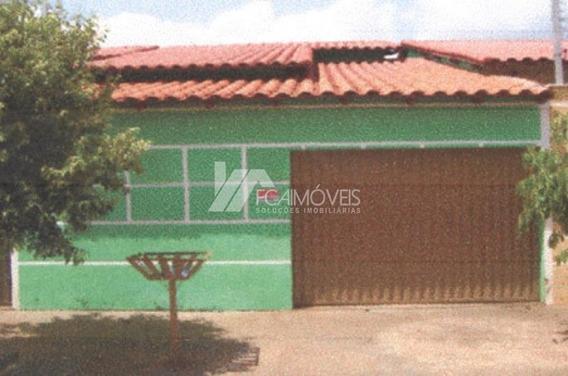 Rua Artur Bernardes, Centro, Ipiaçu - 272195