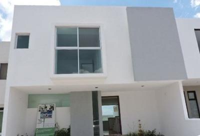 Casa En Venta Sobre Campo Grande En Residencial El Refugio