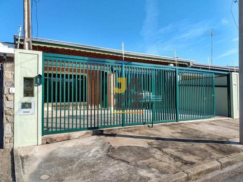 Confortável Casa Térrea Com 3 Dormitórios À Venda, 236 M² Por R$ 680.000 - Parque Da Figueira - Campinas/sp - Ca13338