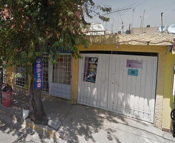 Casa , 3 Recamaras Lomas De Atizapán ; Remate Bancario