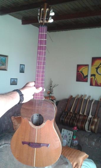 Cuatro Acústico. Mod. 08. Luthier Andrés Rodríguez