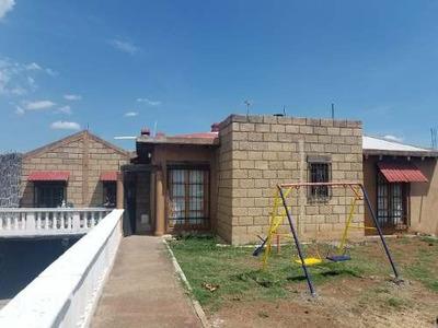 Casa De Campo En La Estancia Morelia Michoacan