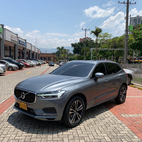 Volvo Xc 60 T5 Momentum Awd 2.0t At 2019
