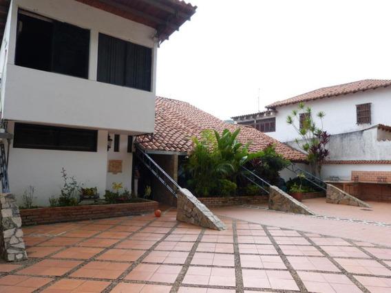 Casa En Venta En Prados Del Este Mls # 20-5856