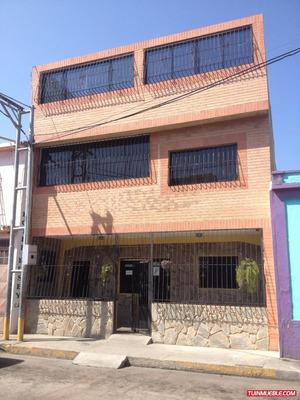 Terreno Con Hotel Y Apto. Tv31 Seamh