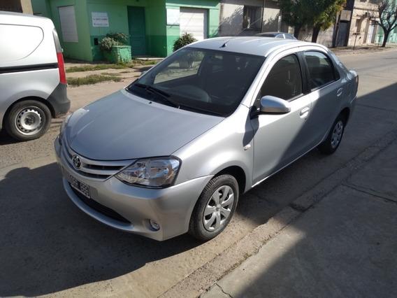 [merc] Toyota - Etios Xs Mt 4p 1.5 N 2015