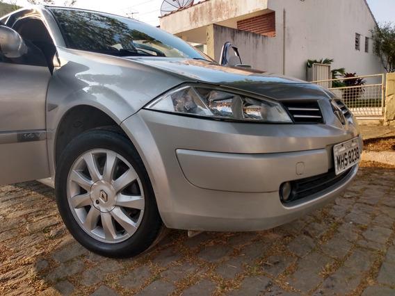 Renault Megane 2011 Impecável - Seminovo