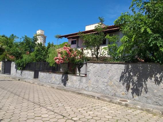 Casa Para Venda No Centro Em Balneário Piçarras - Sc - 765