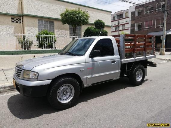 Mazda B-2200 4x2 2200cc Mt Aa Dh Fe