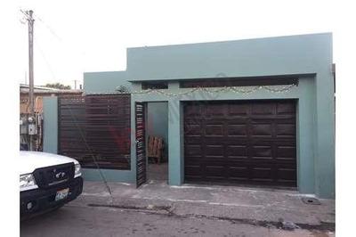 Casa Recien Remodelada En Villa Del Sol (a Unas Cuadras De Hector Terán Terán