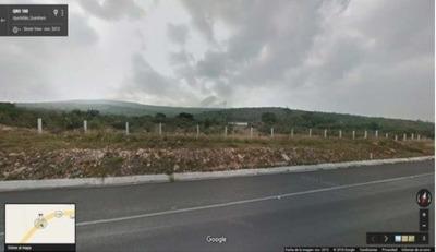 En Venta Terreno Sobre Av Del Aeropuerto De Qro. 1034 Has.