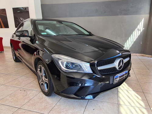 Imagen 1 de 12 de Mercedes-benz Clase Cla 2013 1.6 Cla200 Coupe Urban 156cv At