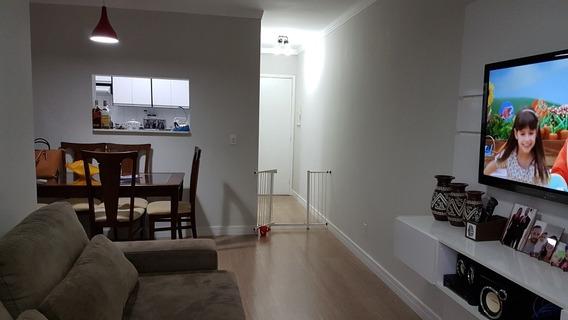 Apartamento 2 Dormitórios Rua Dona Tecla