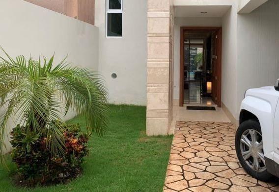 Hermosa Casa Equipadisima En Montecristo Al Norte De Merida. Alberca