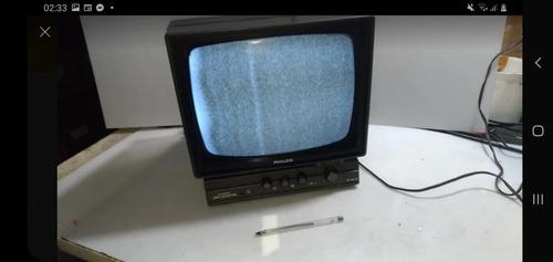 Tv Antiga Philco Preto E Branco..colecionador