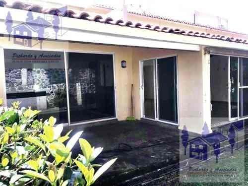 Se Vende Casa En Condominio Con Cancha De Tenis En San José Sumiya, Jiutepec