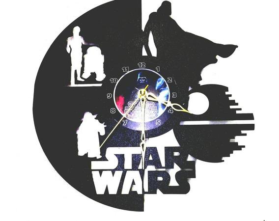 Reloj De Pared Modelo Star Wars