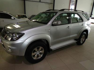 Toyota Hilux Sw4 Cd 3 .0 Srv 4x4 Aut.