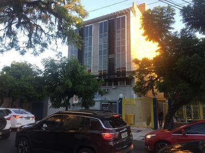 Conjunto Em Independência, Porto Alegre/rs De 134m² Para Locação R$ 2.500,00/mes - Cj180726