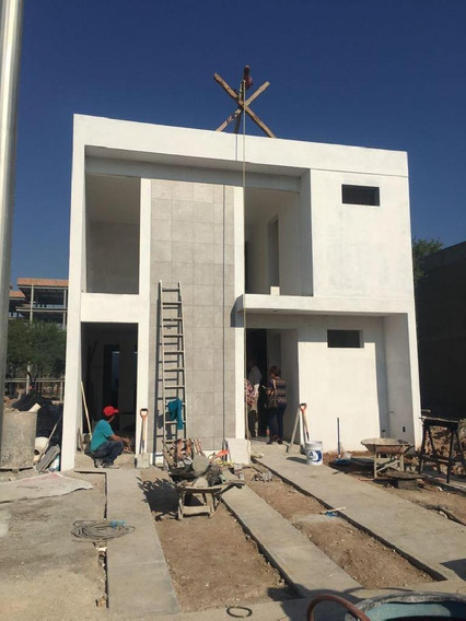 Casa Sola En Venta En La Rioja, Aguascalientes, Aguascalientes